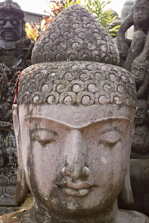 Buddha Büste 140 cm Details