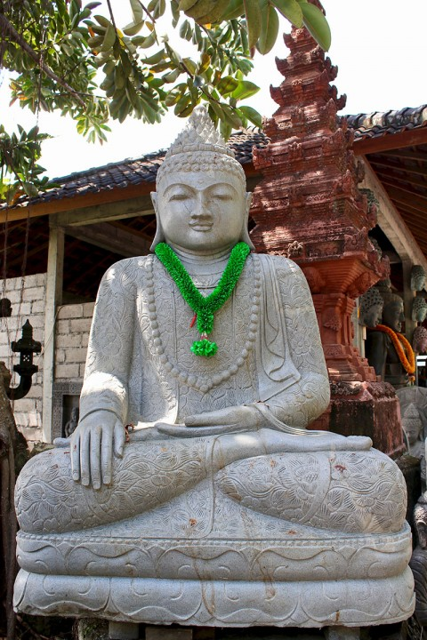 Buddha Statue Lavastein 210 cm
