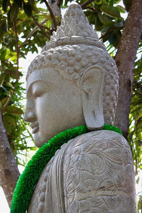Buddha Statue 210 cm Kopf Seitenansicht