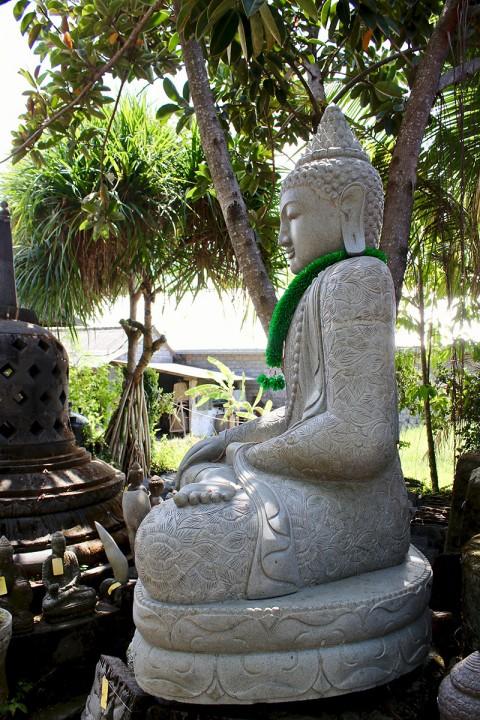 Buddha Statue 210 cm Seitenansicht